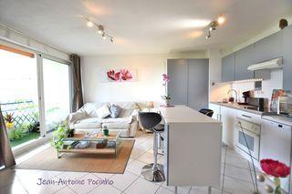Appartement en résidence CUGNAUX 47 m² ()