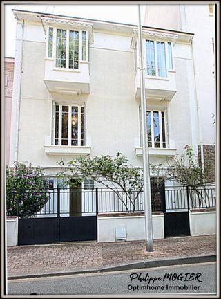 Maison de caractère VICHY 160 m² ()