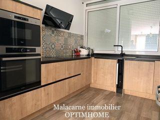 Appartement rénové AJACCIO 68 m² ()