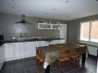 Maison à rénover PLOUVAIN 95 m² ()