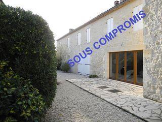 Maison en pierre LESPARRE MEDOC 320 m² ()