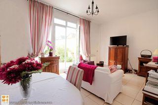Appartement CHAMPAGNE SUR SEINE 53 m² ()