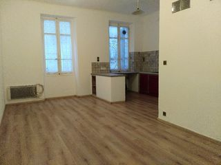 Appartement MARSEILLE 3EME arr 54 m² ()