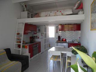 Studio mezzanine AIGUES MORTES 23 m² ()