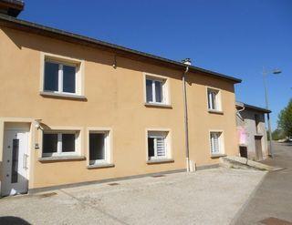 Maison de village SAIZERAIS 209 m² ()