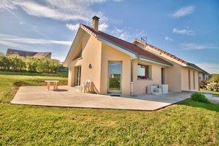 Maison MONTAIN 117 m² ()