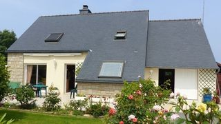 Maison contemporaine TRELEVERN 110 m² ()