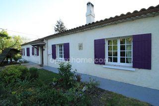 Maison en pierre MOULIETS ET VILLEMARTIN 94 m² ()