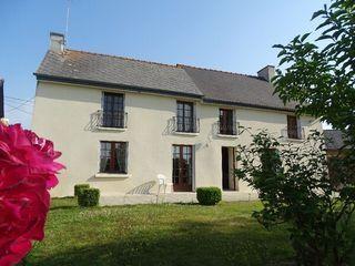 Maison PLUMAUGAT 142 m² ()