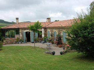 Maison en pierre SAINT PASTOUR 115 m² ()