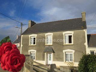 Maison de village PLOUZEVEDE 108 m² ()