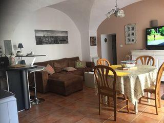 Appartement rénové CAMARES 67 m² ()