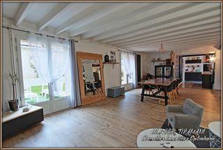 Maison vigneronne CAUX ET SAUZENS 302 m² ()