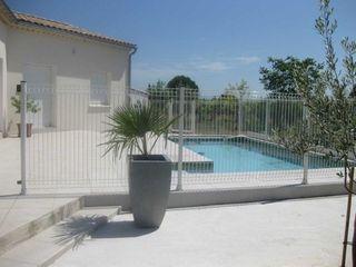 Villa SAINT VICTOR LA COSTE 103 m² ()