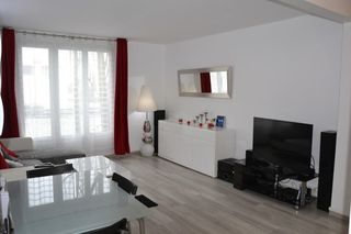 Appartement TRAPPES 56 m² ()