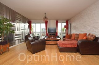 Appartement BOURG LA REINE 128 m² ()