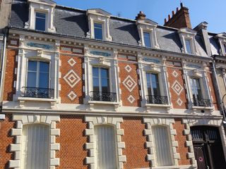 Appartement bourgeois ORLEANS 52 m² ()