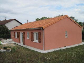 Maison MARINGUES 91 m² ()