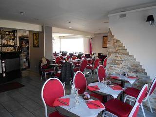 Restaurant MONTIGNY LE BRETONNEUX  ()