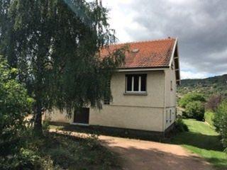 Maison VIC LE COMTE 127 m² ()