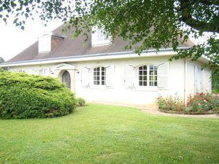 Maison de caractère LIMOGES 230 m² ()