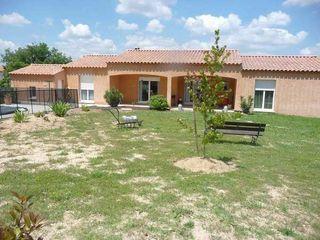 Villa SAINT VICTOR LA COSTE 134 m² ()