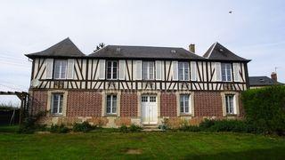 Maison de caractère BOURG ACHARD 115 m² ()