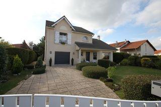 Maison AUGNY 140 m² ()