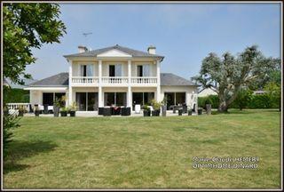 Maison DINARD 247 m² ()
