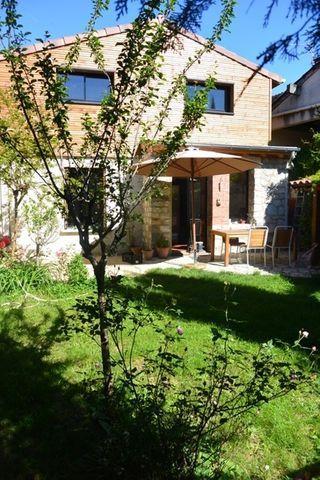 Maison TOULOUSE 147 m² ()