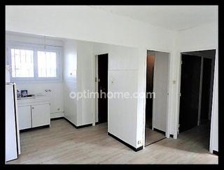 Appartement en résidence LA SEYNE SUR MER 64 (83500)