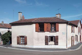Maison de village DOULEVANT LE CHATEAU 100 (52110)
