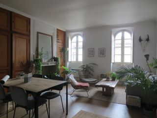 Appartement rénové BORDEAUX 49 (33000)